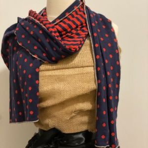 SCARF / SHAWL / WRAP IN BEAUTIFUL NAVY & RED.